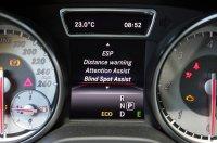 Érdekes kettősség: manuális klíma kontra sofőrsegédek hada