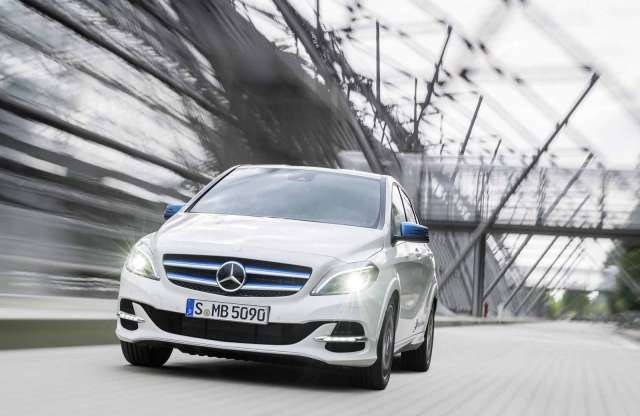 Mercedes-Benz B-osztály modellfrissítés