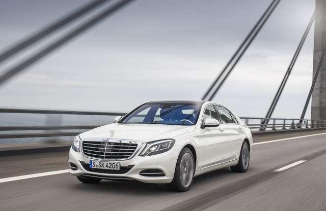 Egy év alatt elkelt 100 ezer új S-osztályos Mercedes-Benz