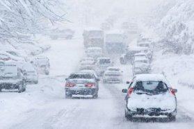 Remélhetőleg nem sűrűn találkozunk majd ehhez hasonló téli útviszonyokkal idén, nem árt azonban alaposan felkészülni