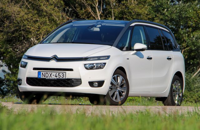 Citroën Grand C4 Picasso 1.6 e-THP EAT6 Exclusive teszt