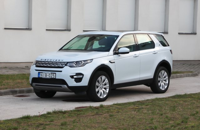 Land Rover Discovery Sport 2.0. Si4 HSE teszt