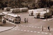 """Hamar népszerű lett a FAÜ által házilagosan """"barkácsolt"""" csuklós autóbusz"""