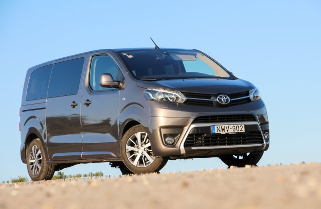 Toyota Proace Verso 2.0 D-4D 150 Active Visible teszt