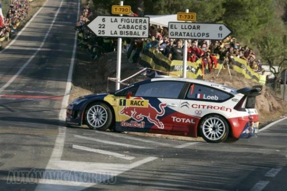 Ez is aszfalt, épp úgy, mint a Formula-1-es pálya, ebben a közegben pedig Loeb verhetetlen
