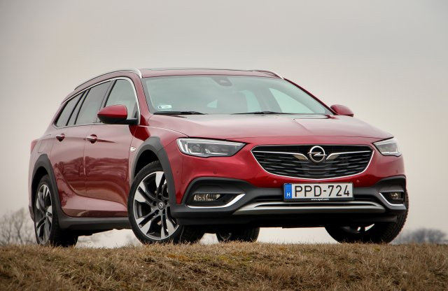 Opel Insignia Country Tourer Exclusive 2.0 CDTI AWD teszt