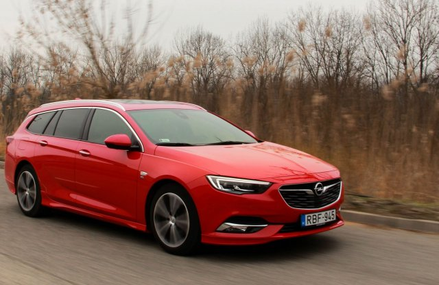 Opel Insignia Sports Tourer 1.6 Turbo OPC Line teszt