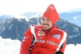Fernando Alonso a 2011-es téli dizájnjával