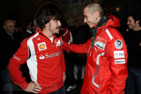 Alonso(balra) és Rossi