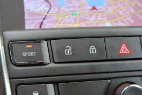 Adaptív, hangolható lengéscsillapítóival élvezetes és egyben kényelmes is az Astra futóműve