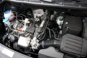 Ne higgyünk a számoknak, ha nincsenek extra magas elvárásaink, az 1,2-es TSI motor nem okoz csalódást. A kis benzines alapjáraton is csendes és döbbenetesen rezzenéstelenül jár