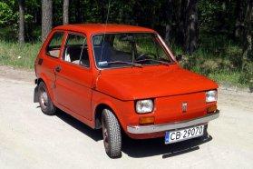 Kezdetben Polski Fiat embléma került az FSM gyárból kigördült autók elejére