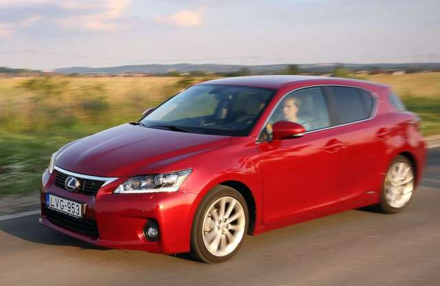 Lexus CT 200h Executive Leather Navigation teszt