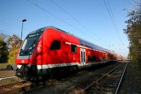 Itthon nem említhető sok pozitívum a vasút mellett, pedig elvileg ez kellene legyen a legolcsóbb közlekedési eszköz