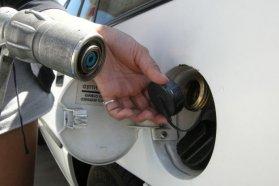 Már akár mélygarázsba is lehet parkolni gázüzemű autóval, illetve a biztonsági előírások teljesítése esetén nem kell külön kútoszlopra tenni a töltőjét. Október elején enyhültek a gázautózás szabályai Magyarországon