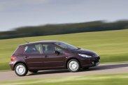 Citroën C4, Peugeot 307 és Renault Mégane egyaránt népes kínálattal szerepel 5 éves kor és 1,5 millió forintos vételár alatt a piacon