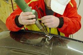 Előkészítés és a meleg levegős műanyag hegesztés, pálcával