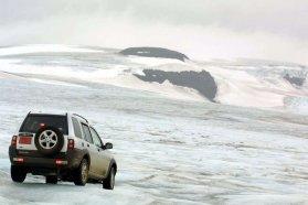 Hogy az ehhez hasonló vidékeken is elboldoguljunk, kell a 4x4. A Land Rover Freelander 2001-ből épp befér a költségvetésbe