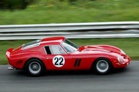 Csaknem minden trófeát elnyert, 1962-ben és 63-ban a Le Mans-i 24 órásét is