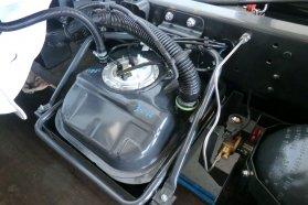 Mindössze 14 literes vészüzemi benzintartályával még tisztán gázüzeműnek számít a Daily