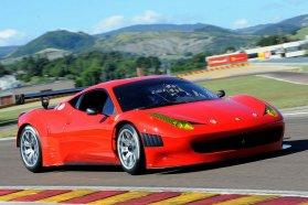 Szinte csak férfiúknak: Ferrari 458 Italia