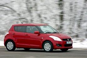 Nagyot koppanhat, aki azt gondolja, hogy egy használt Suzuki például biztosan olcsó. Ahhoz képest persze jó bolt egy aktuális modellt másfél-kétéves, alig valamit futott szalonautóként beszerezni, hogy újonnan horroráron adják