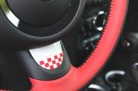 Aaltonen részletek belül: kockás betét, piros gyűrű, alumínium plakett