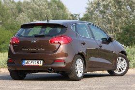Főszerkesztőnk meglátásával szemben engem inkább Citroënekre emlékeztetnek az új hátsó lámpák