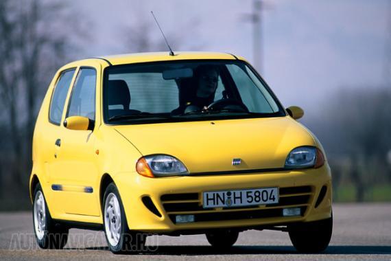 Akár klímával vagy feltűnően kevés kilométerrel is kapható 10 évesnél nem idősebb Fiat Seicento félmillió forintért