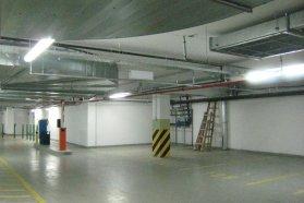 Tavaly év végéig akár a saját tulajdonú föld alatti garázsokba sem volt szabad gázautót levinni