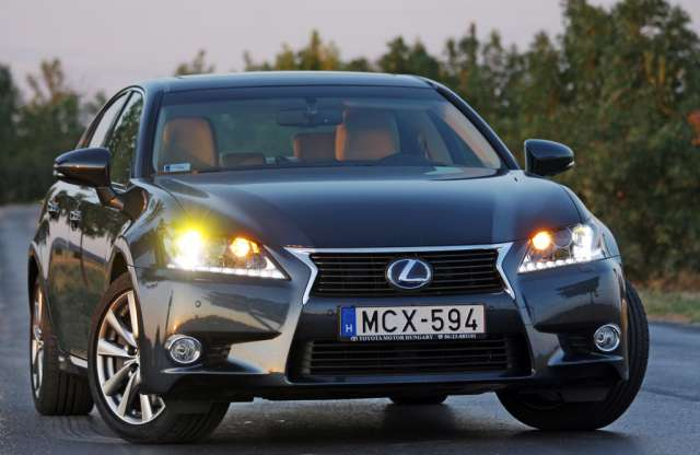 Lexus GS 450h Luxury & Safety teszt