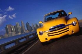 Chevrolet SSR: szintén nagy reményekkel indult, végül alig 25 ezer fogyott belőle 2003 és 2006 között