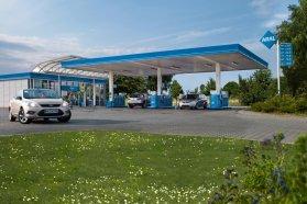 Pénteken csak a benzin ára csökken