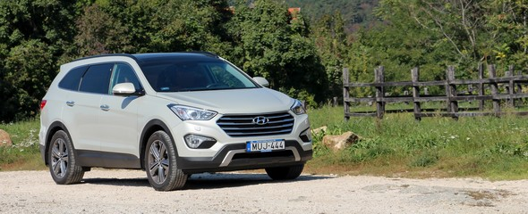 Hyundai Grand Santa Fe 2.2 CRDi Executive A/T teszt