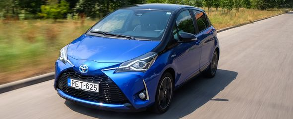 Toyota Yaris 1.5 Hybrid Selection Smart e-CVT teszt