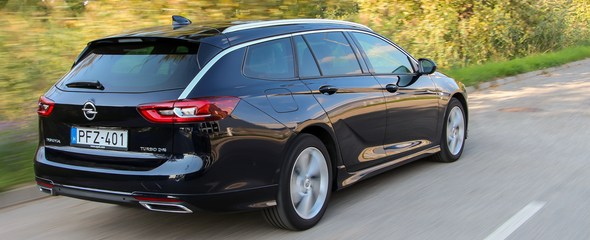 Opel Insignia Sports Tourer Dynamic 2.0 CDTI AWD teszt