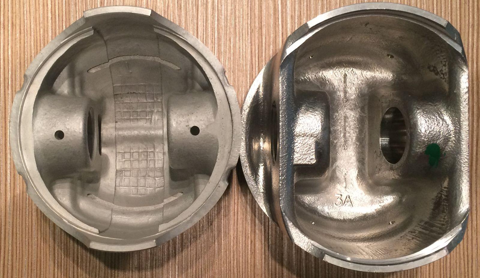A hasításos technikával ellentétben a fúrásos módszer nem gyengíti meg a dugattyú szoknyáját. Akár még a szoknya leszakadása előtt is megejthető a dugattyúk cseréje