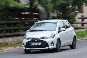 Frissítettnek indult, végül új lett a Toyota Yaris