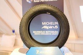 Az ADAC tesztjén csak 7. lett, pedig ígéretes a Michelin Alpin 5