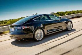 Brutálisan nő a Tesla töltőhálózata, Magyarország kimarad