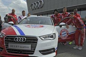 Milyen autóval járnak a Bayern München sztárjai?